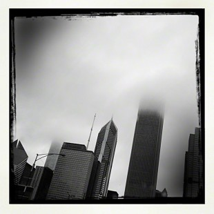 Chicago_Cloudy_Aon