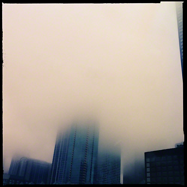 Chicago_Lost_in_Clouds